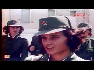 Le ragazze di 15 anni nell'Albania comunista