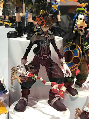 Kingdom Hearts 2 BRING ARTS Halloween Town Sora y Christmas Town Sora