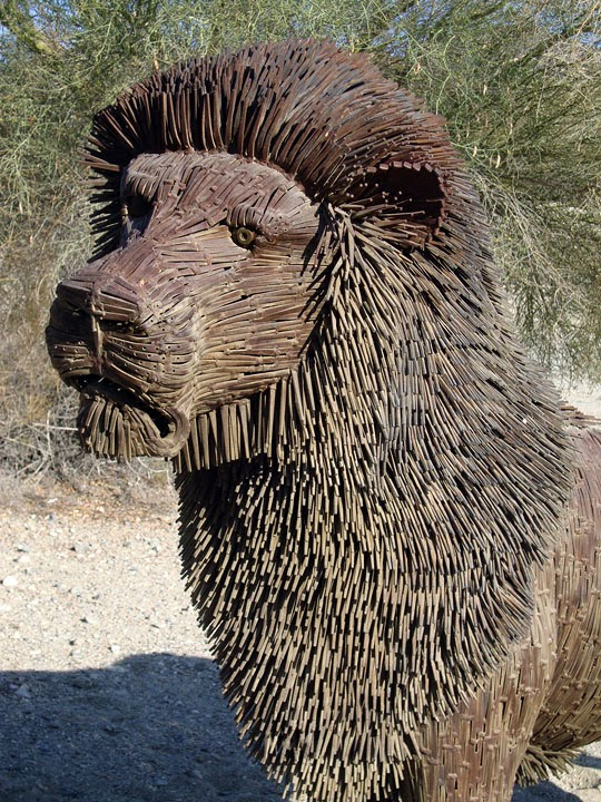 Lion sculpture by Bill Secunda at theLiving Desert Zoo, Palm Desert, CA