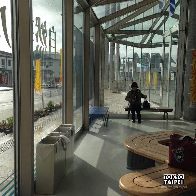 【田澤湖駅】漂亮的玻璃木頭車站 田澤湖觀光的起點