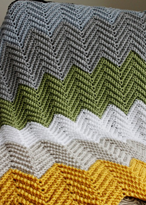 Crochet Chevron Blanket - Easy & Fast Pattern