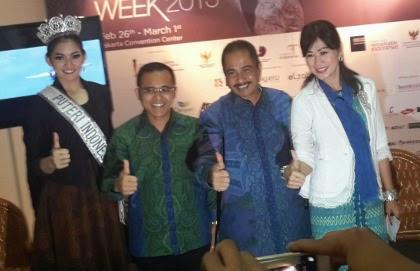 Batik Cirebon - Nyaris tiap-tiap daerah di Indonesia mempunyai kain  tradisional yang beragam macam 1d807d5dc6