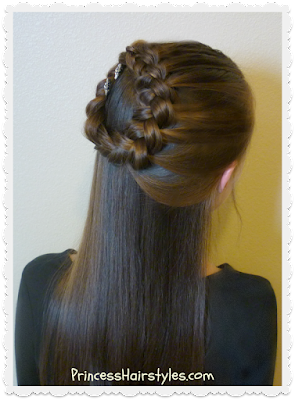 Pretty Christmas hairstyle, side halo braid tutorial
