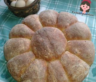 Biliyormusunuz?  Ülkemizde  bir günde 101 milyon adet ekmek üretiliyormuş,  tükettiğimiz ekmek sayısı ise 95 milyon.