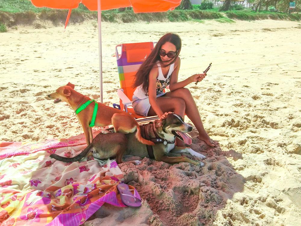 Novamente na praia. Mas, com os cachorros | Bahia #4