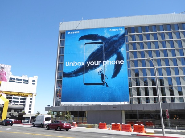 Samsung Galaxy S8 Unbox your phone whale billboard