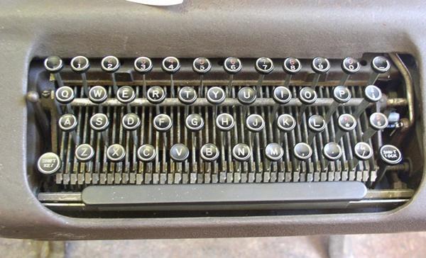 qwerty keyboard