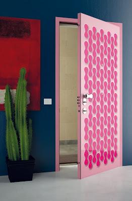 Diseño de puerta rosa