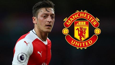 Mesut Ozil đã chuẩn bị sẵn sàng tâm lý để chuyển sang khoác áo Quỷ đỏ