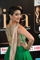 Manjusha in Beautiful Sleeveless Green Anarkali dress at IIFA Utsavam Awards 52.JPG
