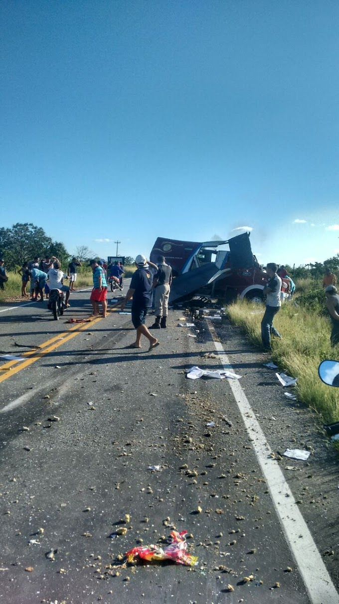 VIOLÊNCIA: Grupo armado explode carro-forte em Jaguaribe