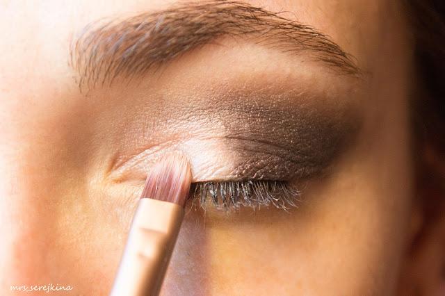 Universal evening make-up: step 7