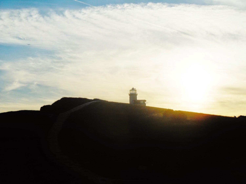 Il faro di Belle Tout al tramonto