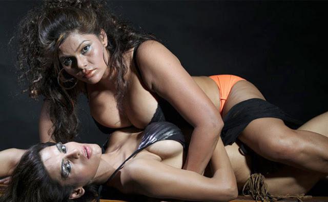 Model Lesbian Sex 18