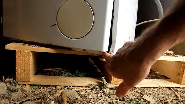 Convert a broken washing machine to Pedal Power - hidden bolts