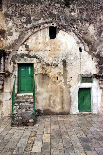 Les portes vertes  - Monastère Deir es-Sultan - - Jerusalem - Israël