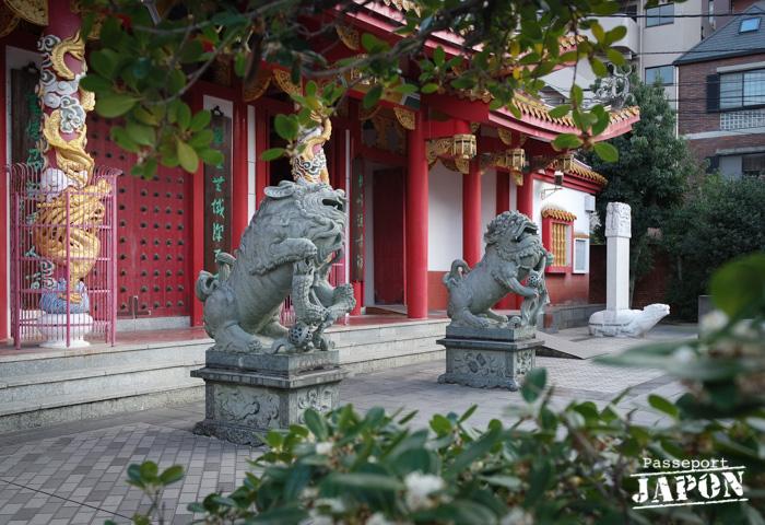 Lions gardiens, temple Kôshi-byô, Nagasaki