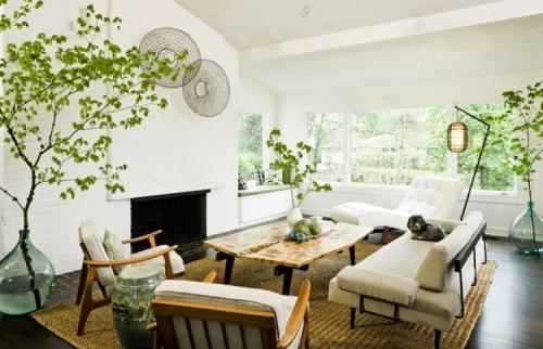 Jika ruang tamu Anda sudah mulai tampak monoton dengan furniture dan dekorasi usang Rancangan Bunga Hiasan Sudut Ruang Tamu