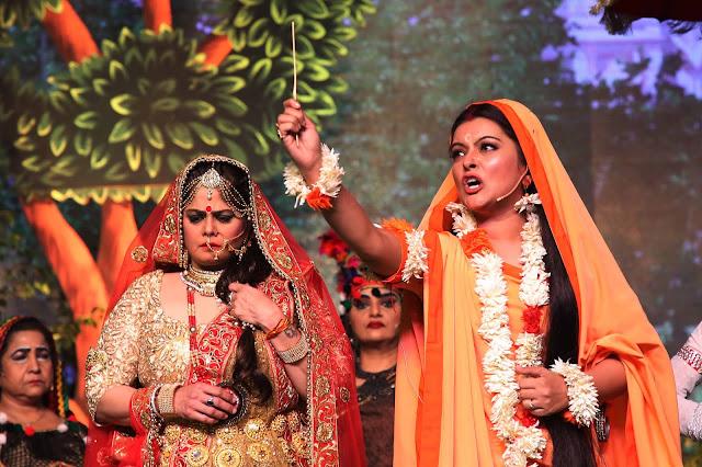 लवकुश रामलीला में अर्जुन कपूर और परिणीति चोपड़ा ने भरे रंग
