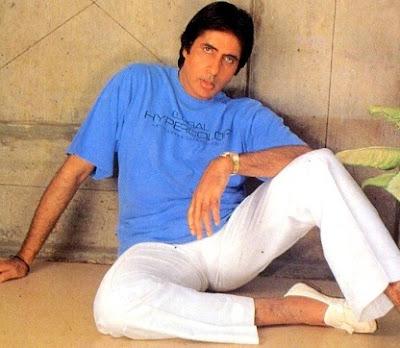 Foto de Amitabh Bachchan en sesión de foto másjoven
