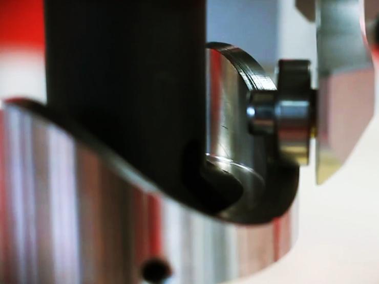 Направляющий для сварки перпендикулярно врезанных труб