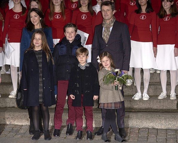 Prince Vincent, Princess Isabella, Princess Josephine, Crown Princess Mary, Crown Prince Frederik, Prince Christian