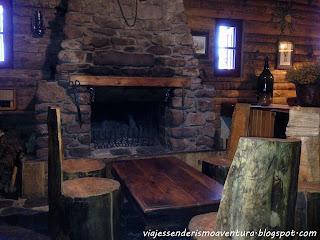 Interior del Refugio Comes de Rubió