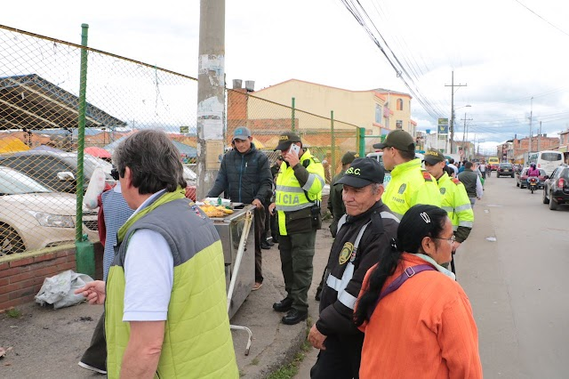 En Chía se recupera el espacio público con operativos y concientización