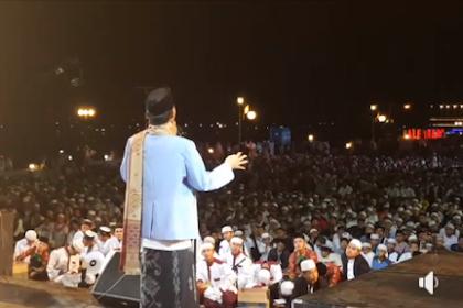 Tak kalah Dengan Semarang, Begini Pemandangan Tabligh Akbar UAS di Palembang