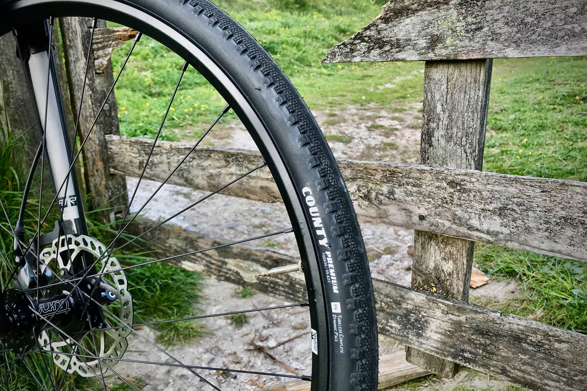 Review Goodyear County Touring Gravel Bike Tires