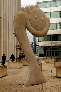 La Dame Lune by Julio Silva, La Defense, Paris, France