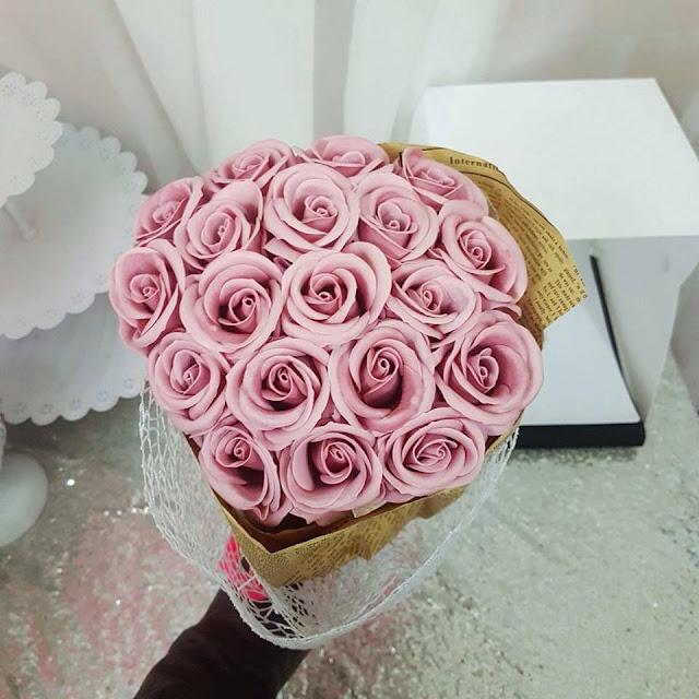 Hoa hong sap thom vinh cuu o Hoe Nhai