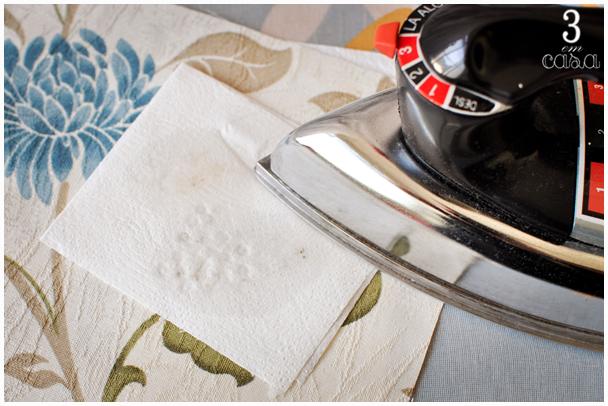 como limpar toalha com cera de vela
