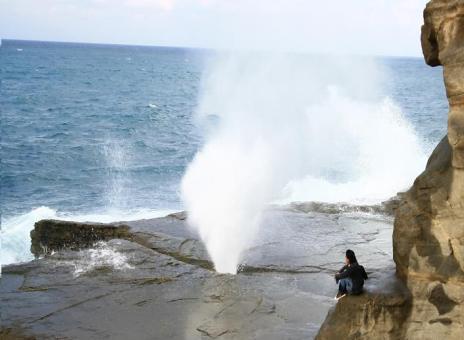 Peluit Samudra Di Pantai Klayar.