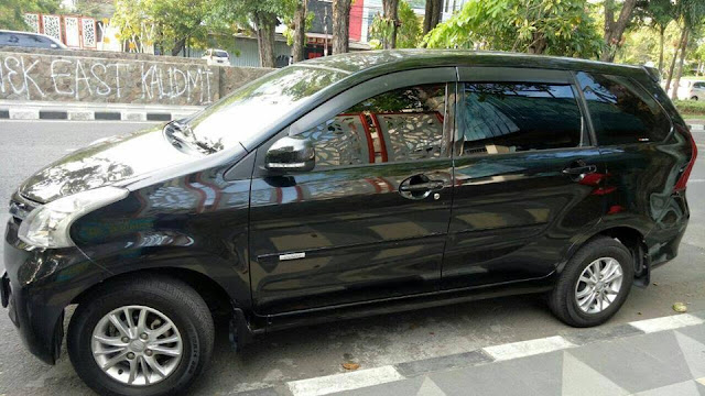 Daihatsu Xenia Deluxe tahun 2013 bekas