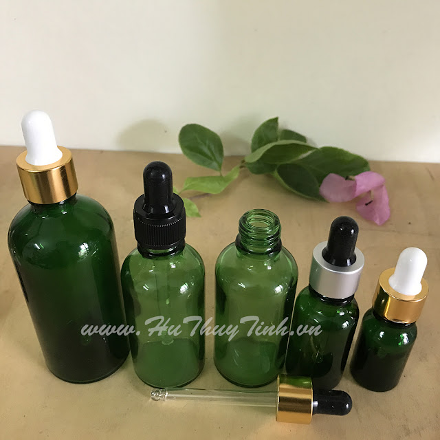 Vỏ chai tinh dầu xanh lá đầu bóp