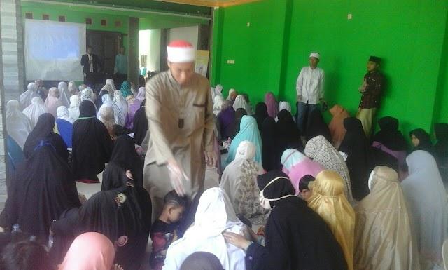 RQ Al-Khoeriyah Selenggarakan Ruqyah Masal di Cibingbin