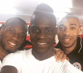 Nice striker Balotelli with football legends, Drogba and Thierry Henry. PHOTO | Courtesy FB