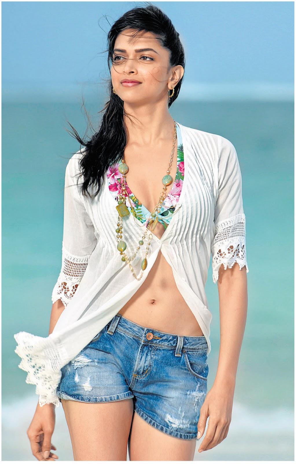 PHOTOS: Bollywood Actress Deepika Padukone Hot Photos ...