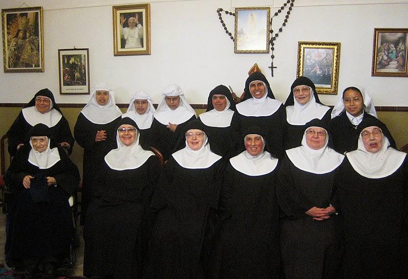 Chiste religioso, monjas, madre superiora, indignada, convento, condón.