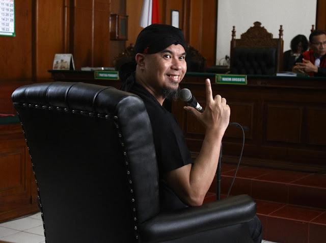 Ahmad Dhani: Tolong Tanya Pengadilan, Kenapa Saya Harus Ditahan 30 Hari?