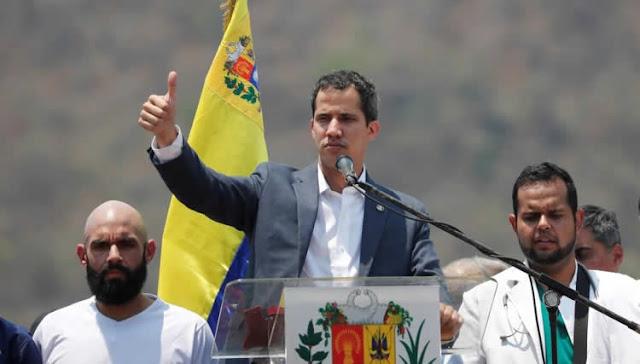 """El líder opositor venezolano Juan Guaidó considera que España sería el lugar de destino """"ideal"""" para los funcionarios que abandonen el chavismo y favorezcan un """"proceso de transición"""" política en su país."""