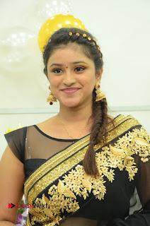 Priya Inaugurates Naturals Lounge Salon at Somajiguda