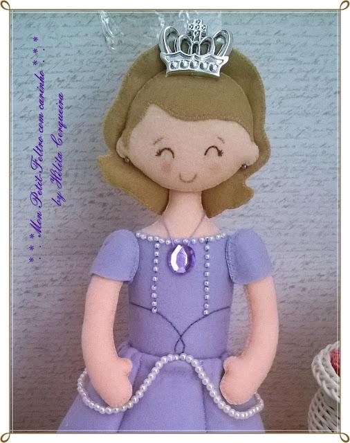 enfeite de mesa-aniversário-princesa Sofia-em feltro