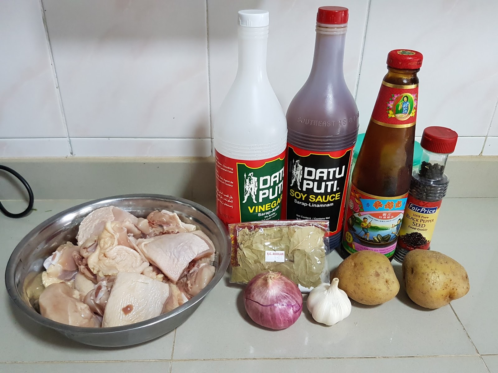 Kasher's Kitchen: Chicken Adobo (Chicken in Soy Sauce and ...