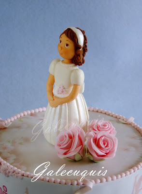 muñeca modelada niña primera comunión