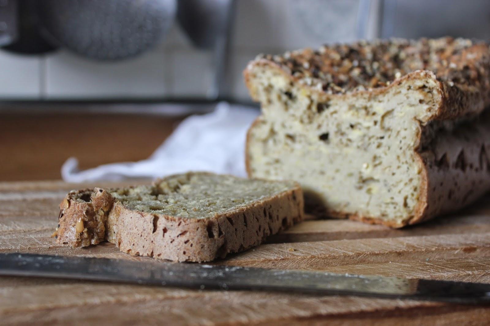 https://cuillereetsaladier.blogspot.com/2014/10/pain-blanc-sans-gluten-au-psyllium-ig.html