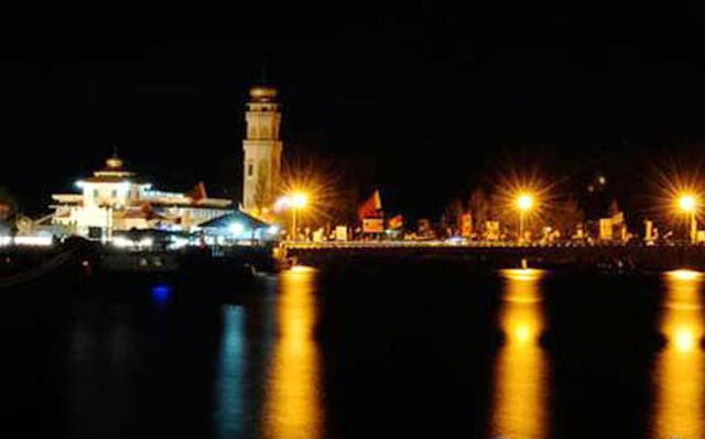 Wisata malam Banda Aceh