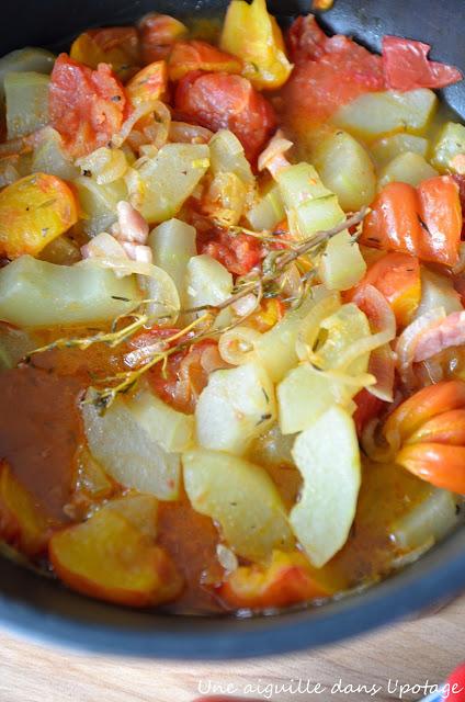 Sauté de concombre aux tomates