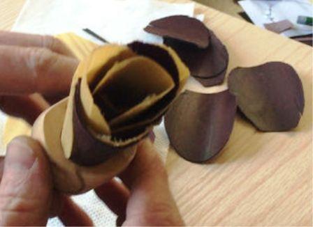 Pembuatan Kelopak Bunga kayu